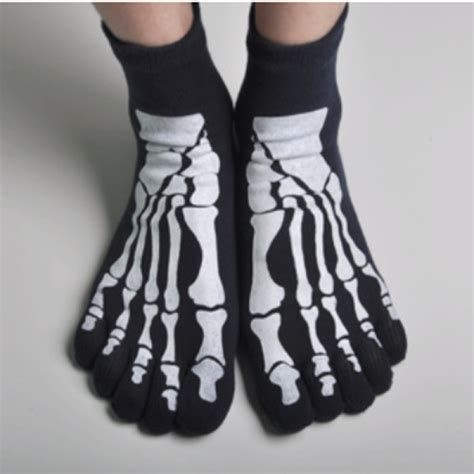 skeleton socks.jpg