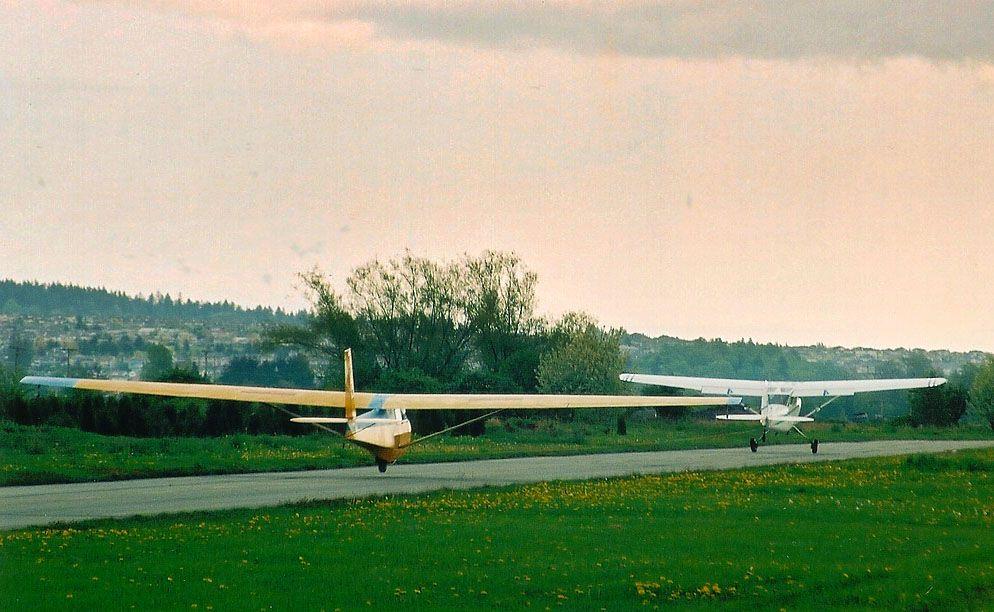 Schweizer SGS 2-33.jpg
