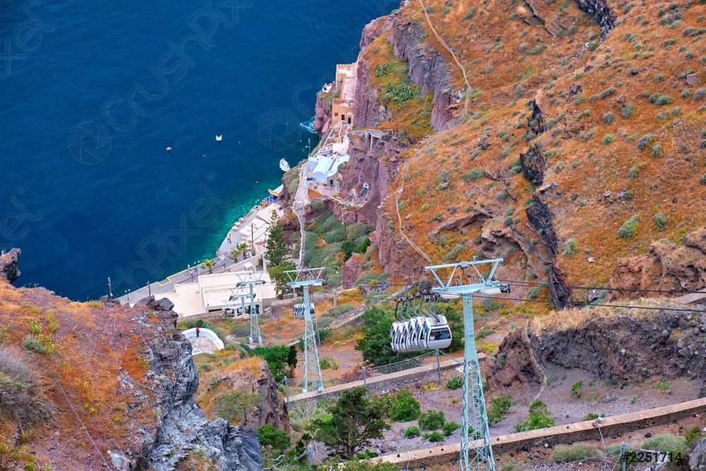 cable-car-lift-fira-on-2251714.jpg