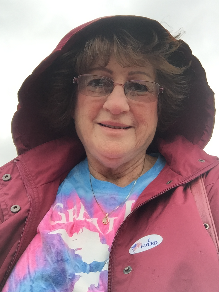 voting mom.png
