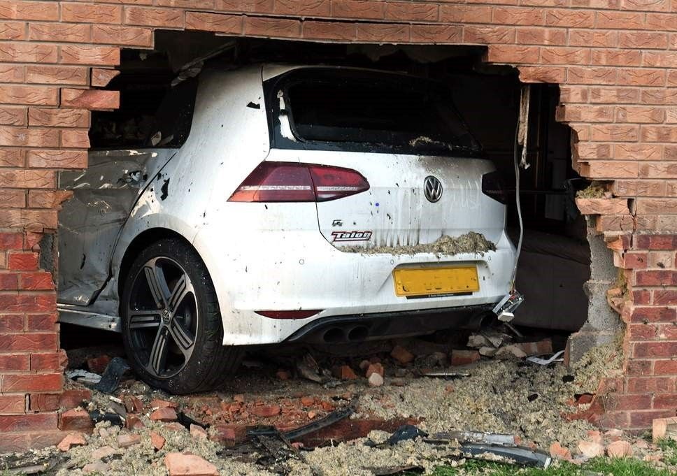 smashed car.jpg