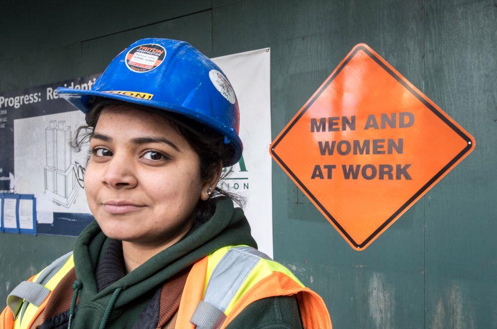 181206-work-signs.jpg