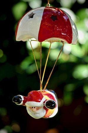 santa-claus-parachute.jpg